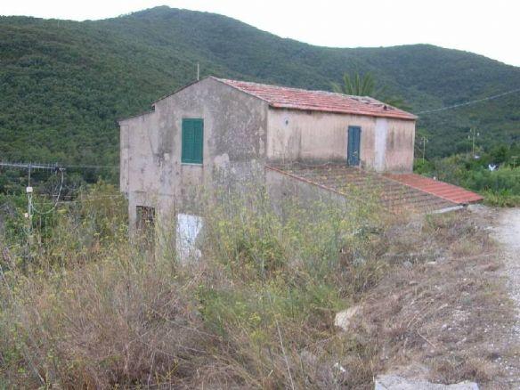 Rustico casale, Portoferraio, da ristrutturare