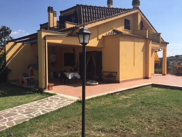 Bifamiliare in Strada Provinciale Roma, Capena