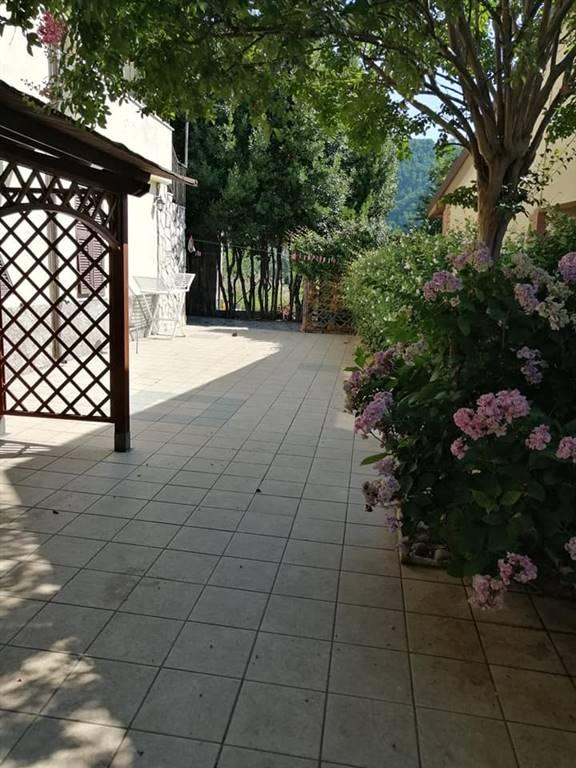 Casa semi indipendente, Albiano Magra, Aulla, in ottime condizioni