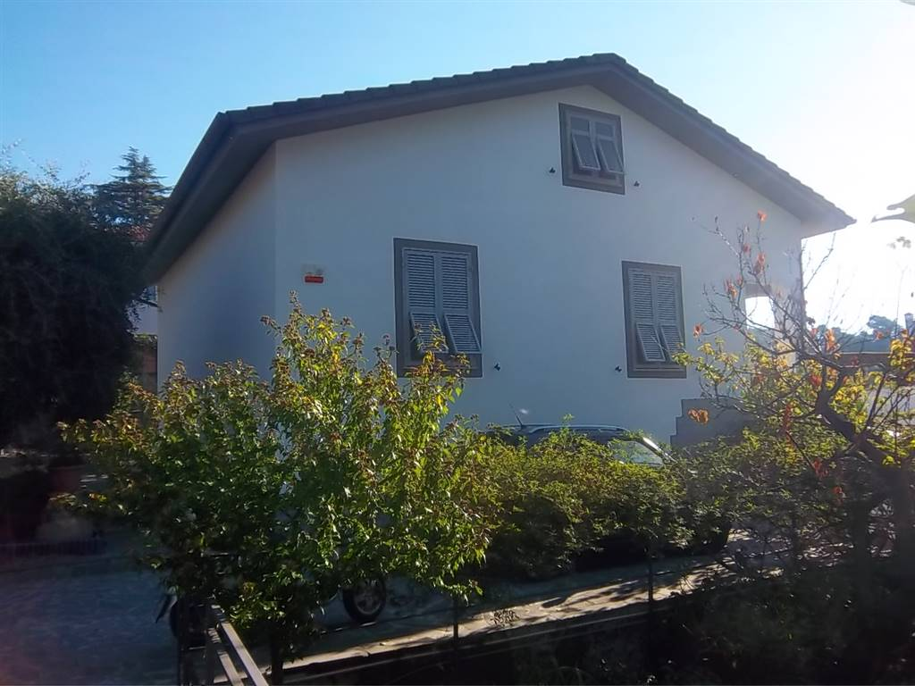 Casa singola, Colli,vicci, La Spezia, in ottime condizioni