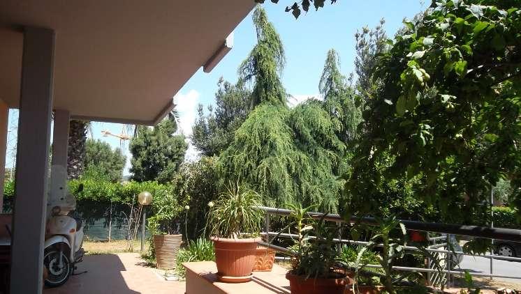 Villa, Follonica, in ottime condizioni