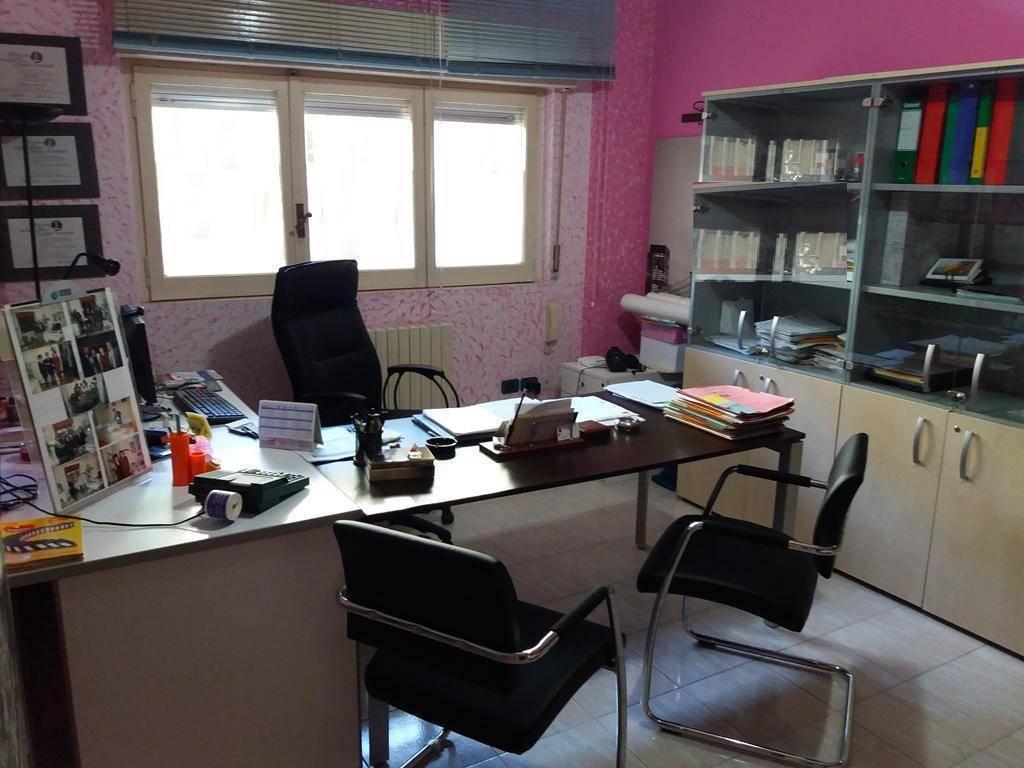 Ufficio / Studio in vendita a Cosenza, 3 locali, zona Roma, prezzo € 69.000 | PortaleAgenzieImmobiliari.it