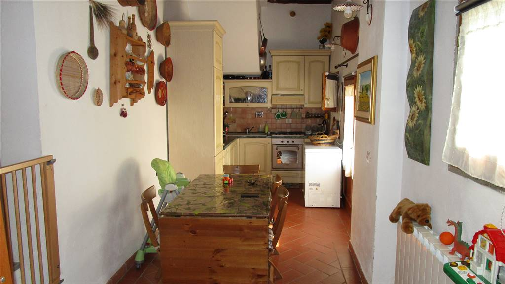 Appartamento indipendente, Faella, Castelfranco Piandisco, ristrutturato