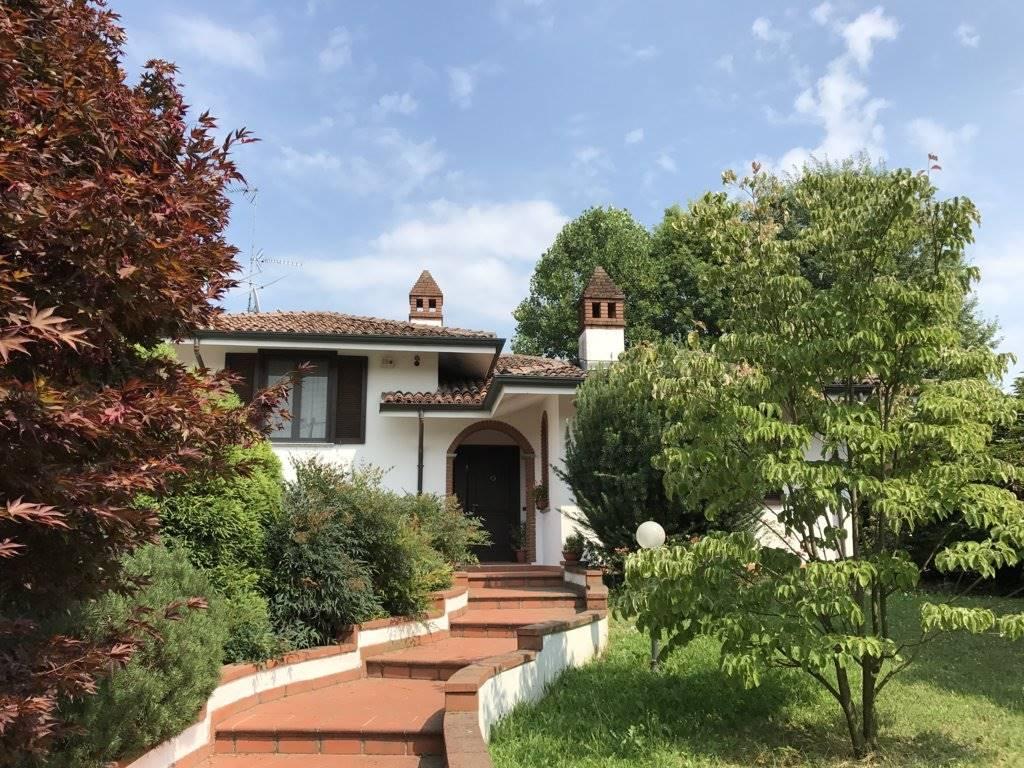 Villa in Via Molinai 10, Santuario Madonna Della Bozzola, Garlasco