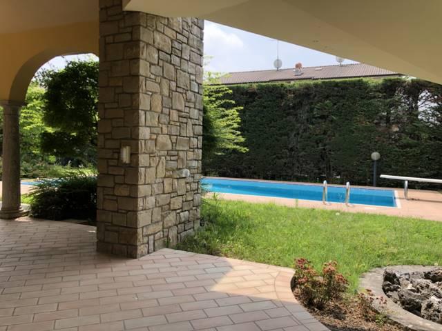 Villa in Via Del Pozzo Sc, Mezzago