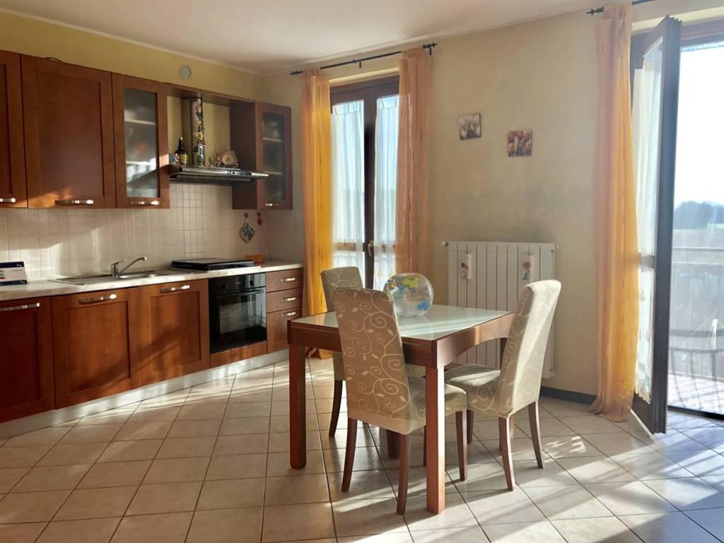 Bilocale in Via Matteotti 49, Roncello