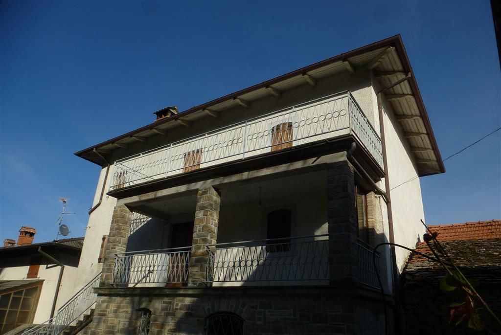 Villa, Vitriola, Montefiorino, ristrutturata
