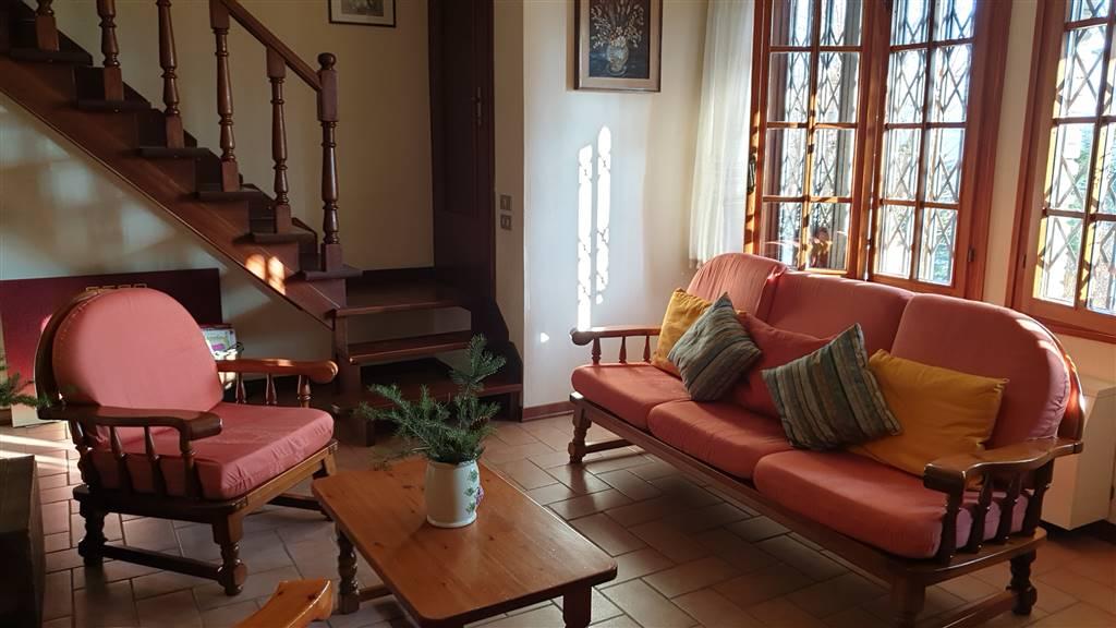 Villa a schiera, Lama, Lama Mocogno, in ottime condizioni