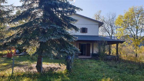 Casa semi indipendente, Boccassuolo, Palagano
