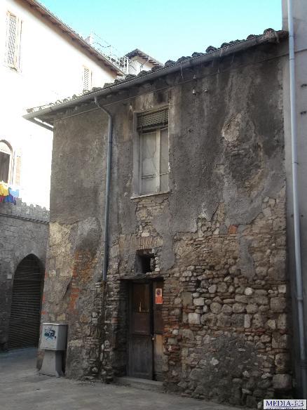 Terratetto, Centro, Terni, da ristrutturare