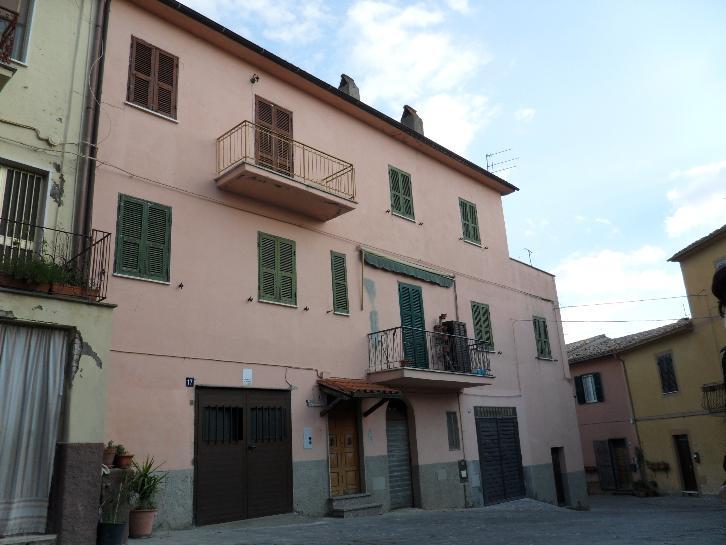 Appartamento indipendente, Arlena Di Castro, abitabile