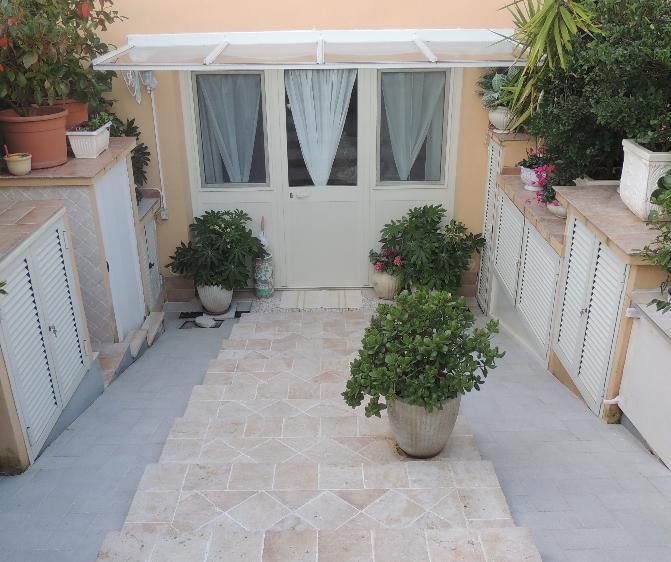 Villa a schiera, Pescia Romana, Montalto Di Castro, ristrutturata