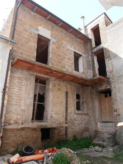 Terratetto in Paese 1, Monte Romano