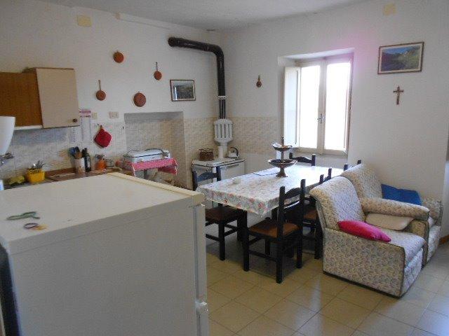 Appartamento indipendente, Arlena Di Castro