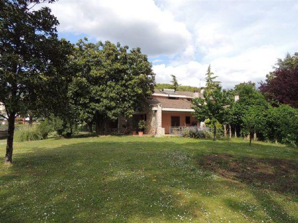 Villa, Rivo, Terni