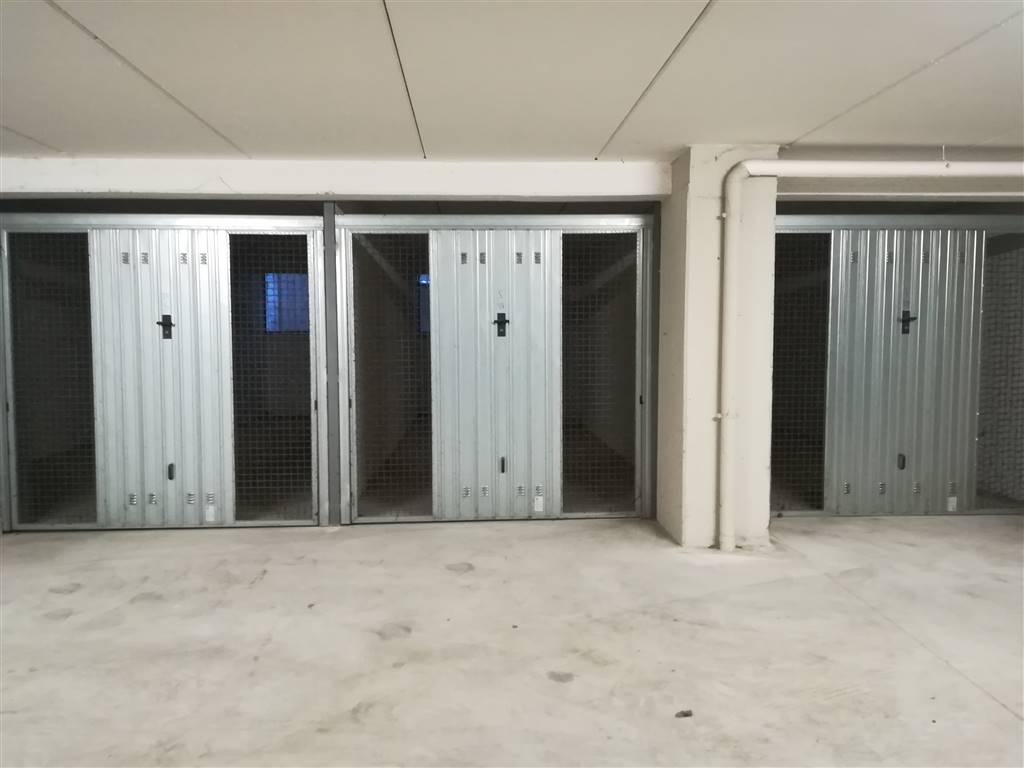 Garage / Posto auto in Via Del Tordo ., Semiperiferia Periferia, Terni