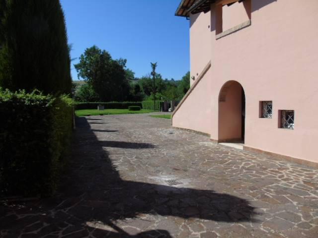 Rustico casale, Folignano, ristrutturato
