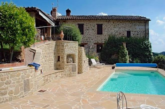 Villa in vendita a Passignano sul Trasimeno, 13 locali, prezzo € 975.000 | CambioCasa.it