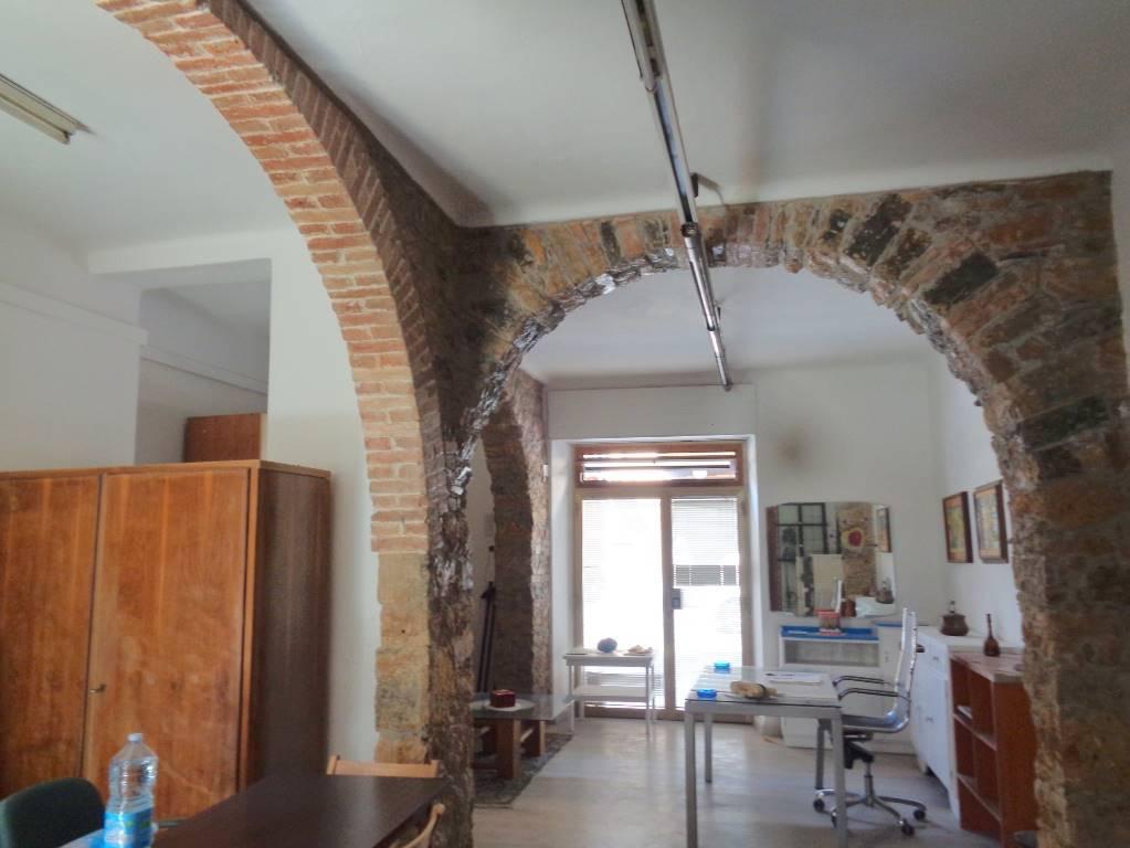 Monolocale, La Chiappa, La Spezia, ristrutturato
