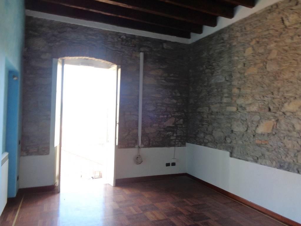 Quadrilocale, Colli,vicci, La Spezia, in ottime condizioni