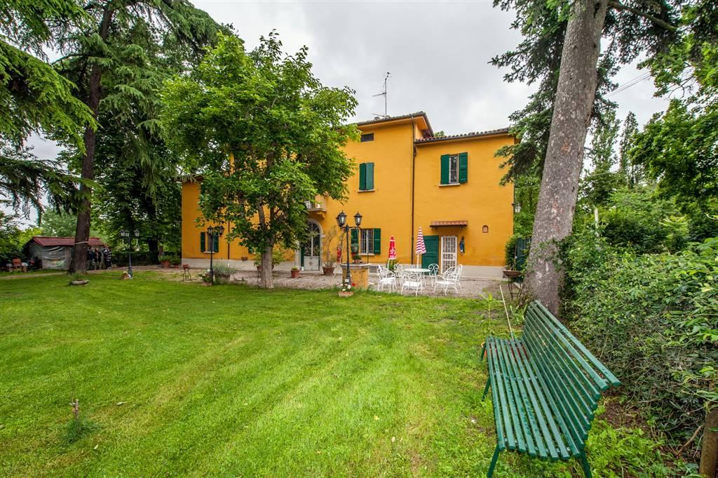 Villa in Via Fiumana Destra, Castenaso