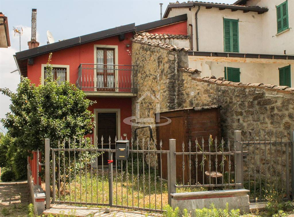 Casa singola in Via Circonvallazione, Cecima