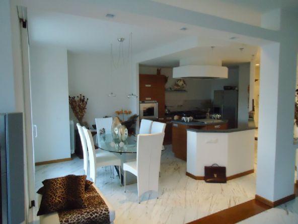 Appartamento indipendente, La Spezia, seminuovo