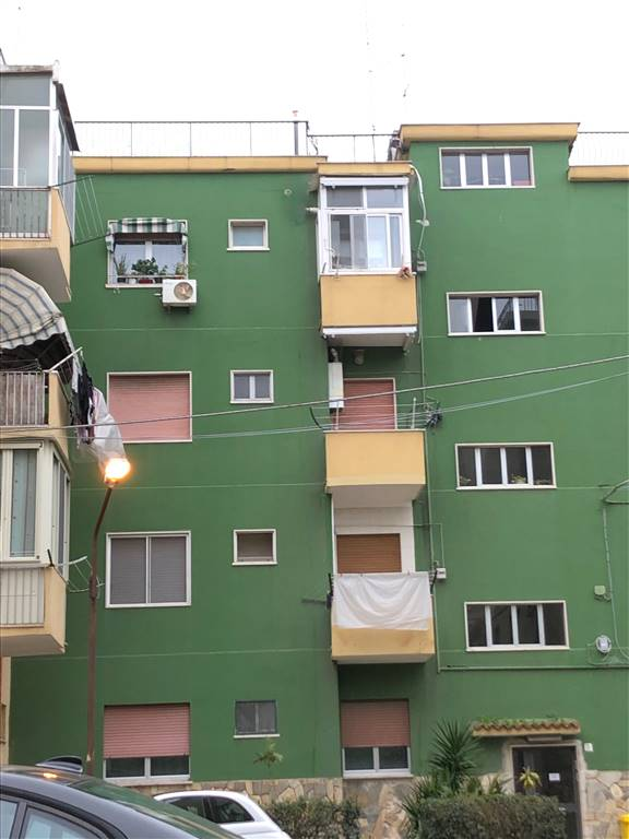 Monolocale, Zona Faro, Bari, in ottime condizioni