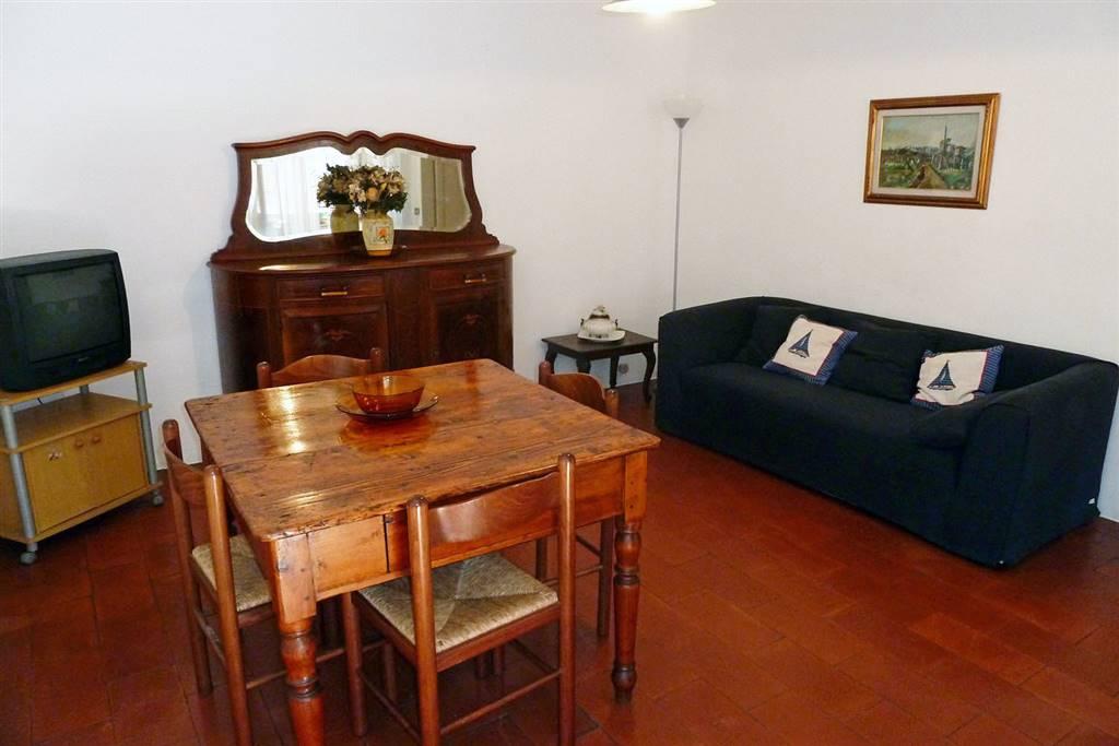 Appartamento in affitto a Lerici, 4 locali, prezzo € 700 | PortaleAgenzieImmobiliari.it