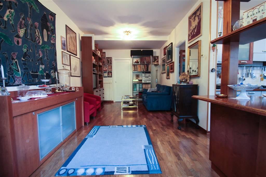 Appartamento in vendita a Lerici, 4 locali, zona iola, prezzo € 300.000 | PortaleAgenzieImmobiliari.it