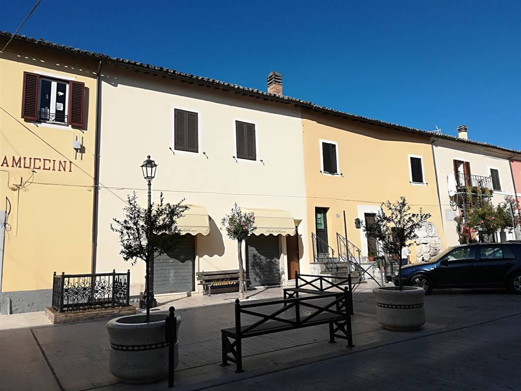 Appartamento in Piazza Giuseppe Garibaldi, Cantalupo In Sabina