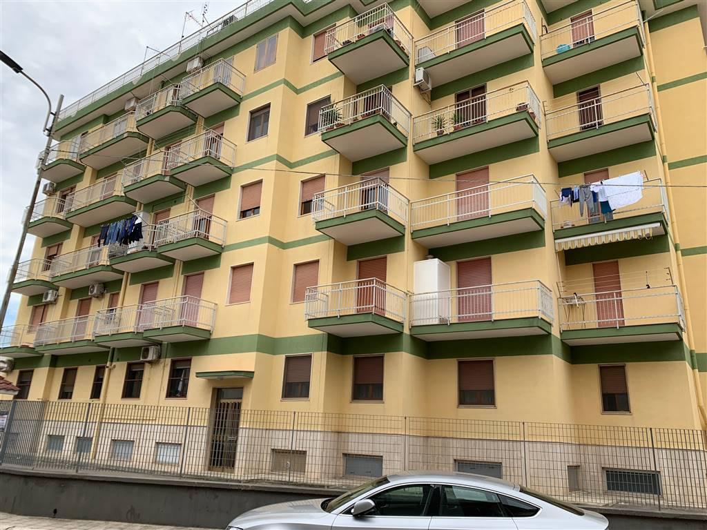 Appartamento in vendita a Palagiano, 5 locali, prezzo € 130.000   CambioCasa.it