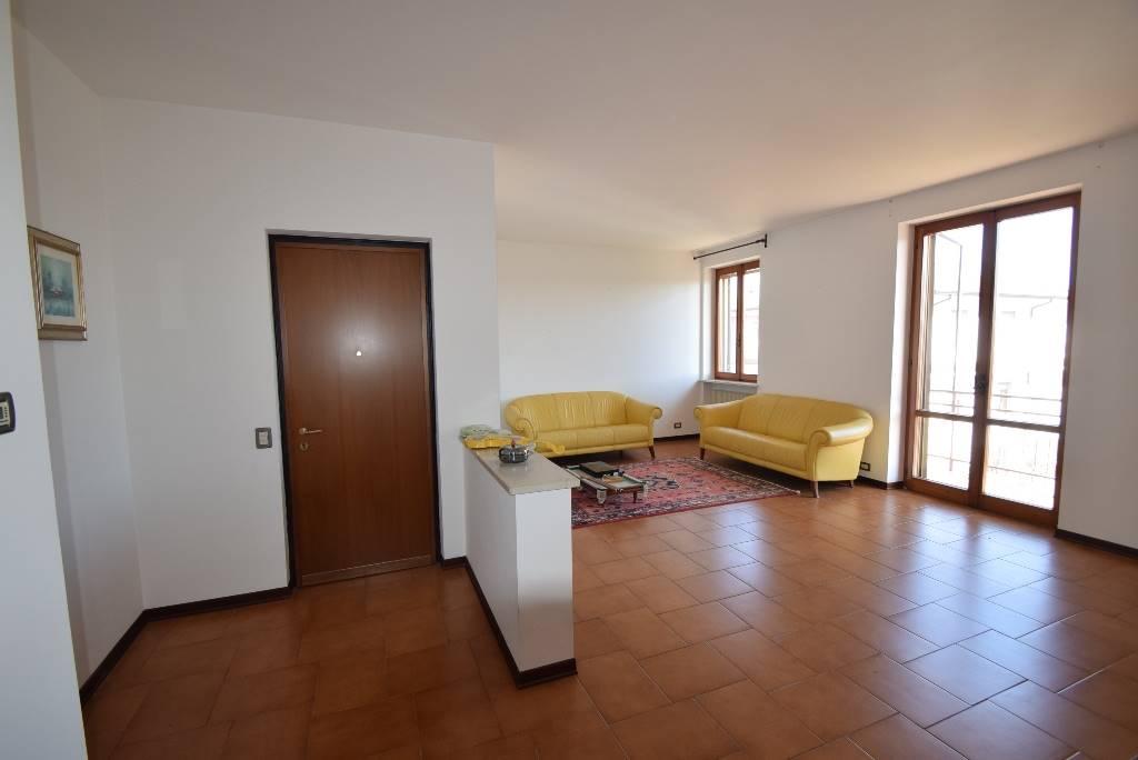 Appartamento in vendita a Gragnano Trebbiense, 4 locali, prezzo € 133.000 | PortaleAgenzieImmobiliari.it
