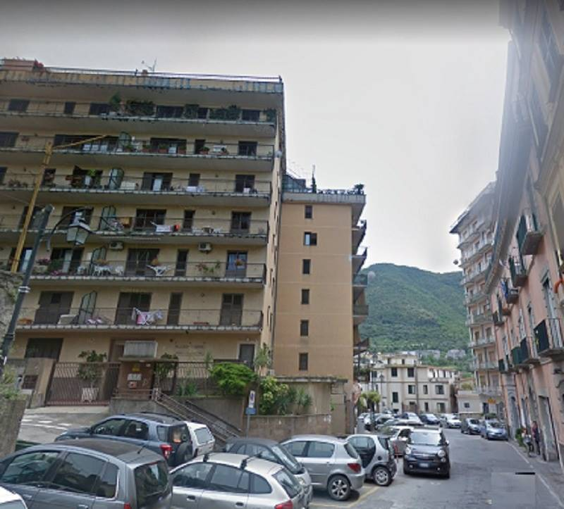 Appartamento in vendita a Gragnano, 4 locali, prezzo € 275.000 | CambioCasa.it