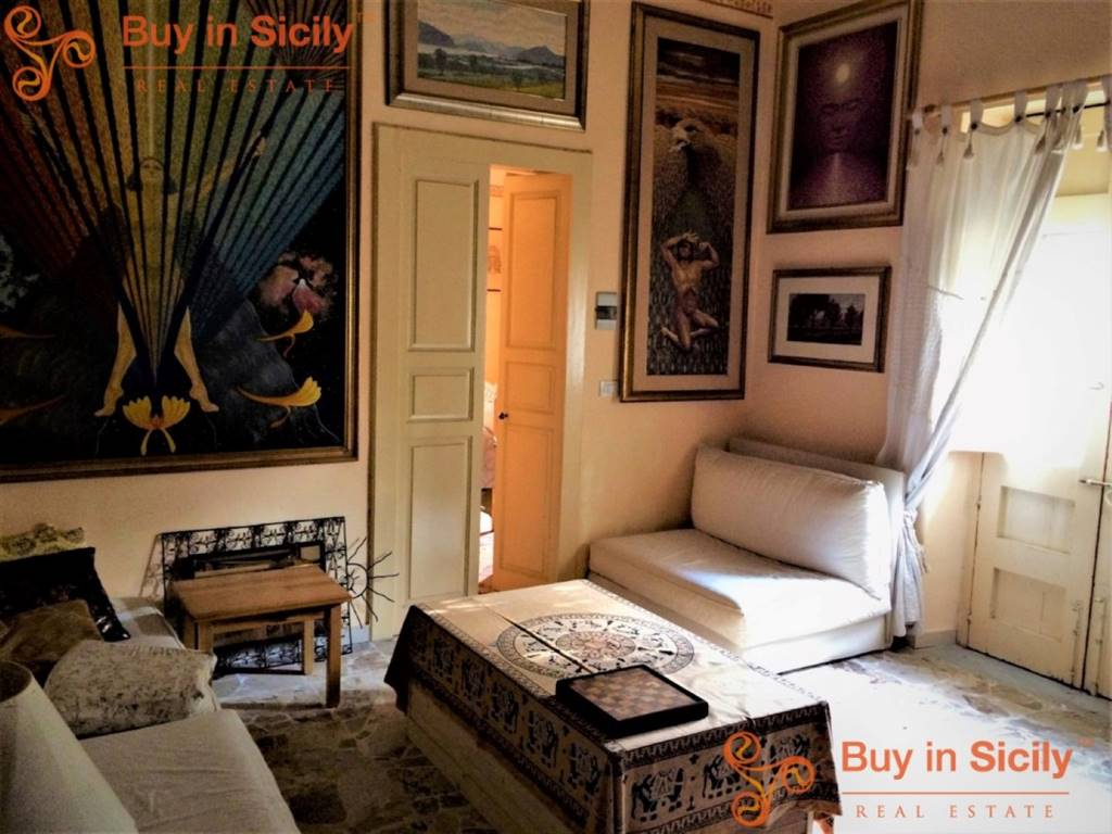 Villa in Via D'amico, Acireale