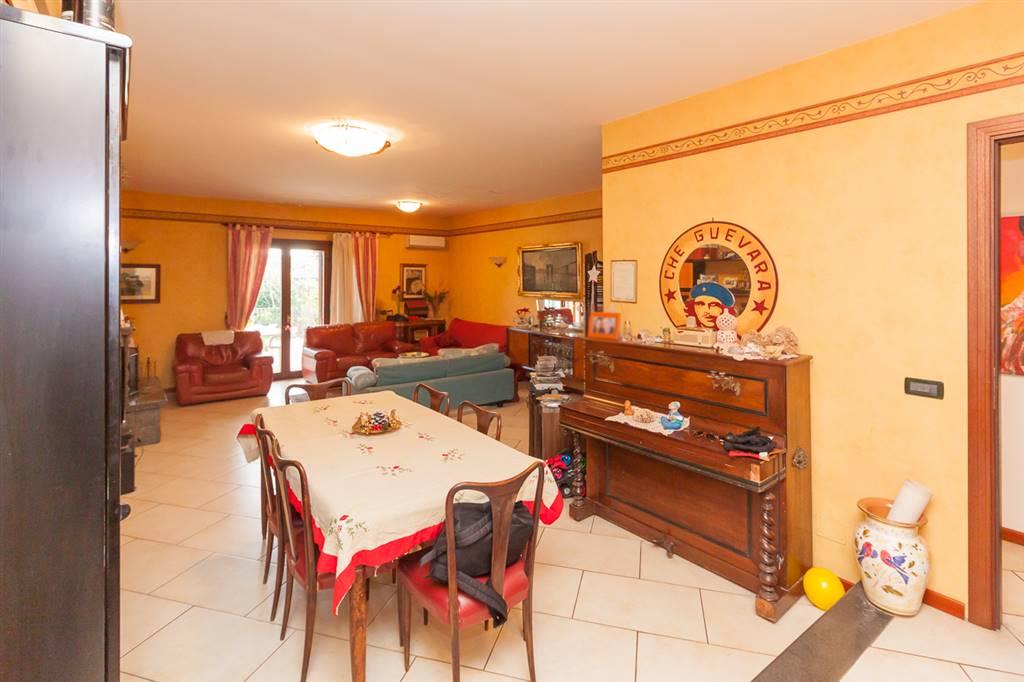 Villa in Via Ota 57, Catania