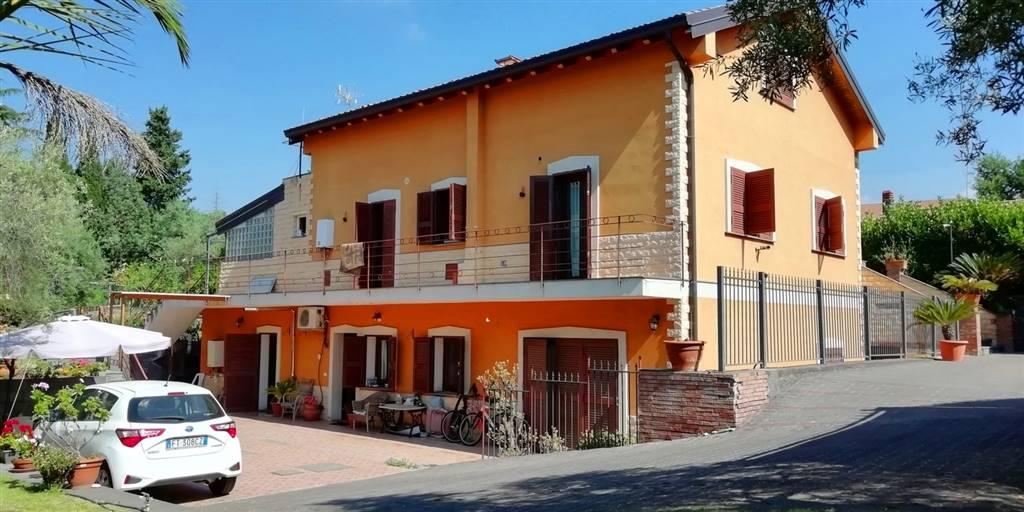Villa, Tremestieri Etneo, in ottime condizioni