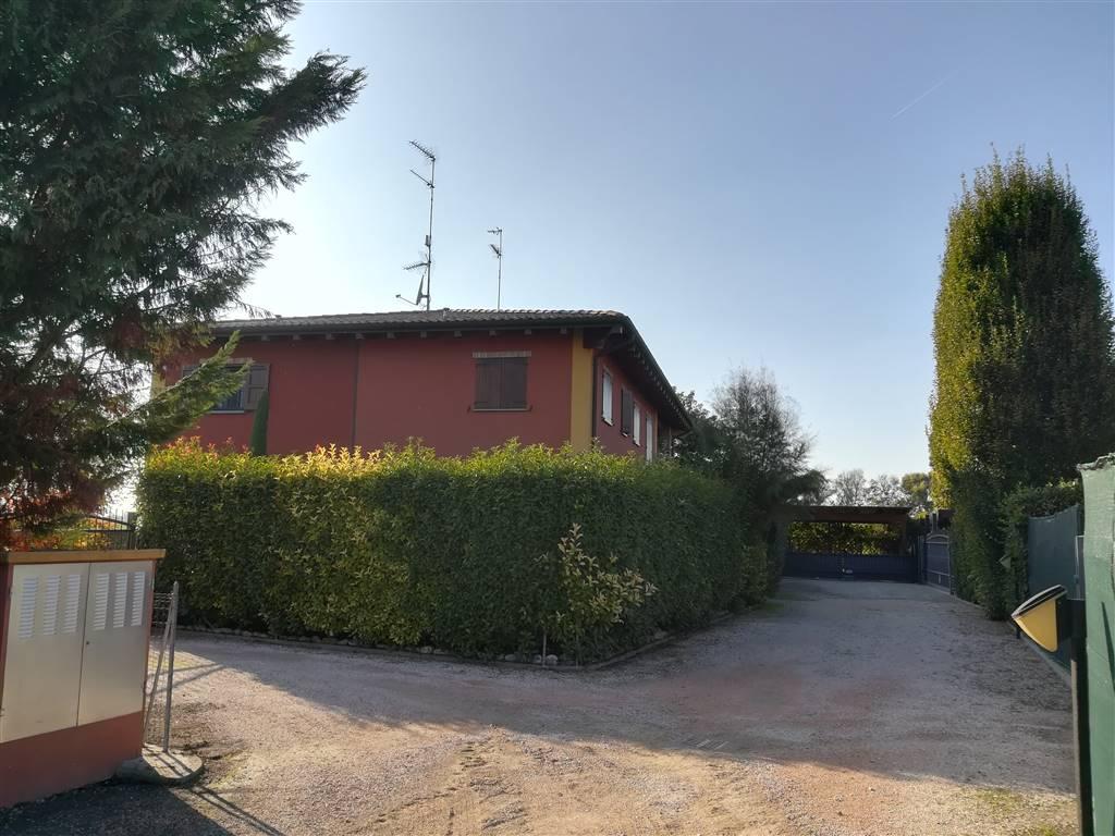 Bifamiliare, Cavazzona, Castelfranco Emilia, in ottime condizioni