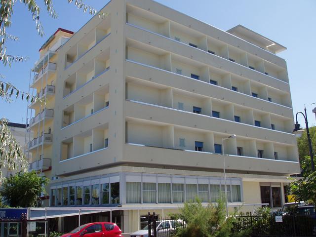 Hotel in Via Gabriele D'annunzio  98, Riccione