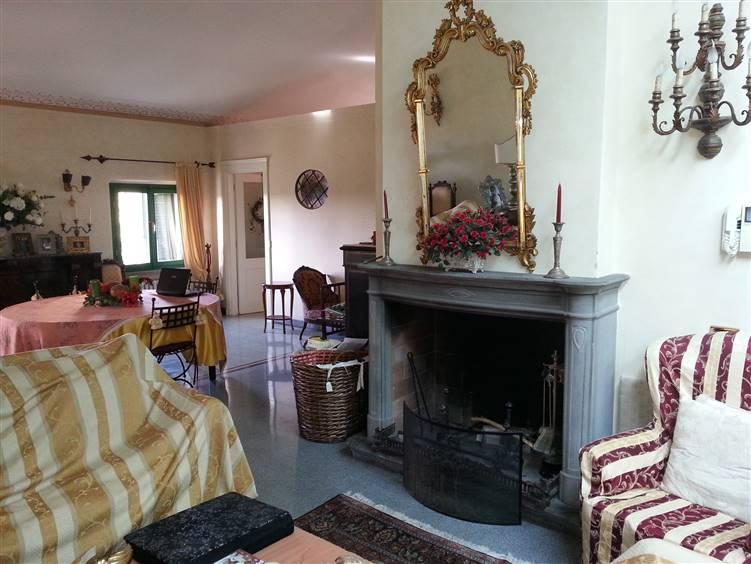 Villa, Crespina, Crespina Lorenzana