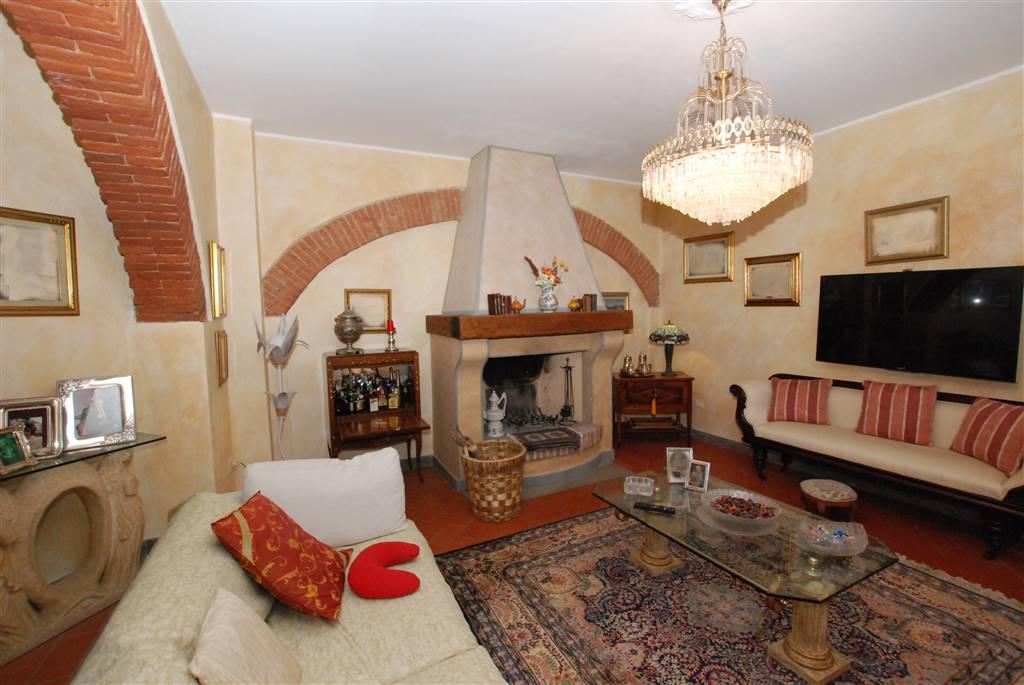 Villa a schiera, Vicarello, Collesalvetti, ristrutturata