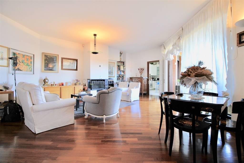 Appartamento in Via Adamello 35, Seregno