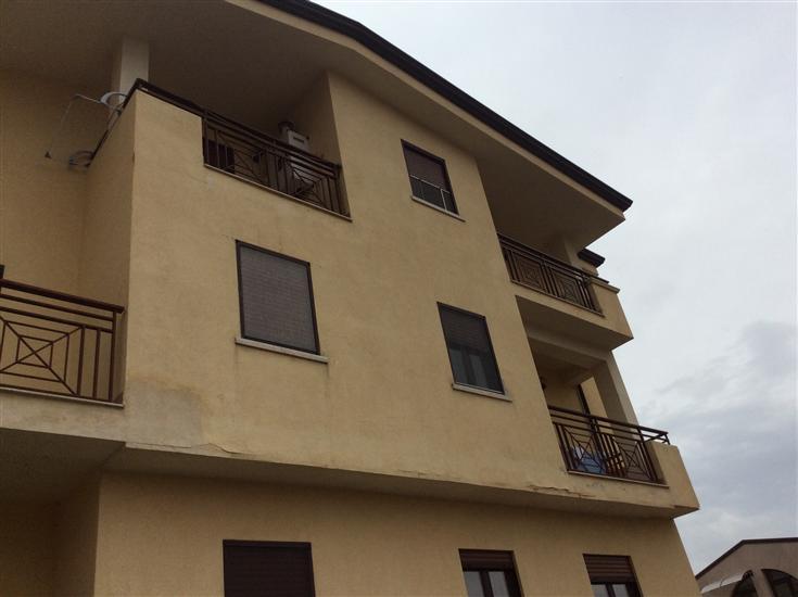 Appartamento in vendita a Marano Principato, 3 locali, prezzo € 65.000   CambioCasa.it
