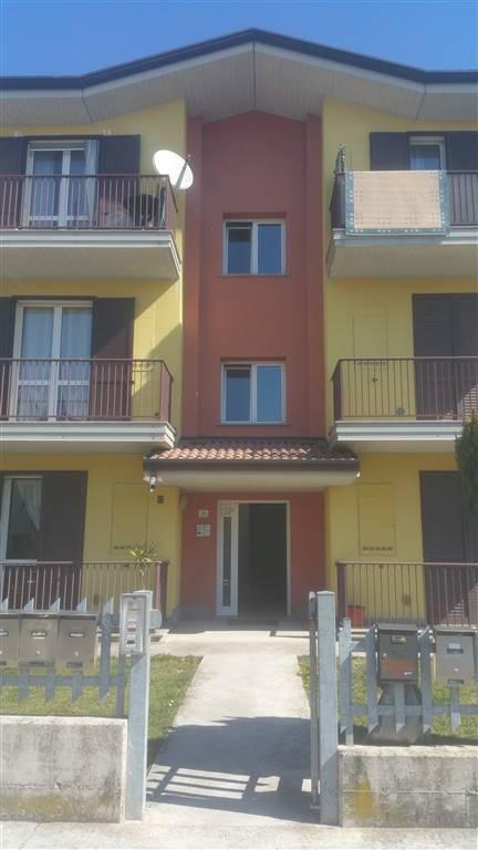 Quadrilocale in Via Ariosto  3, Centro Urbano, Castel D'ario