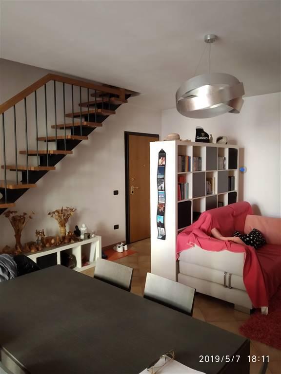 Appartamento in vendita a Gualtieri, 4 locali, zona a Vittoria, prezzo € 120.000 | PortaleAgenzieImmobiliari.it