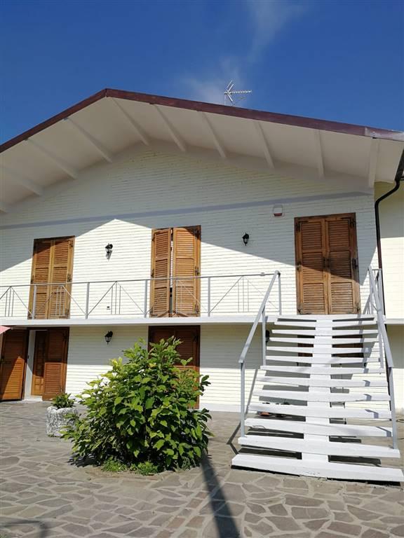 Villa, Novellara, ristrutturata