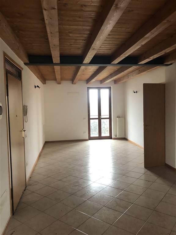 Appartamento in vendita a Castelbelforte, 4 locali, prezzo € 70.000 | PortaleAgenzieImmobiliari.it