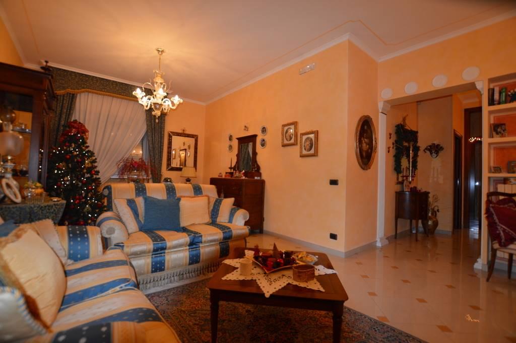 Appartamento in Via G. Pascoli 5, Lavello