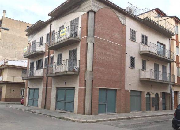 Appartamento in Via Cossidente 42, Lavello