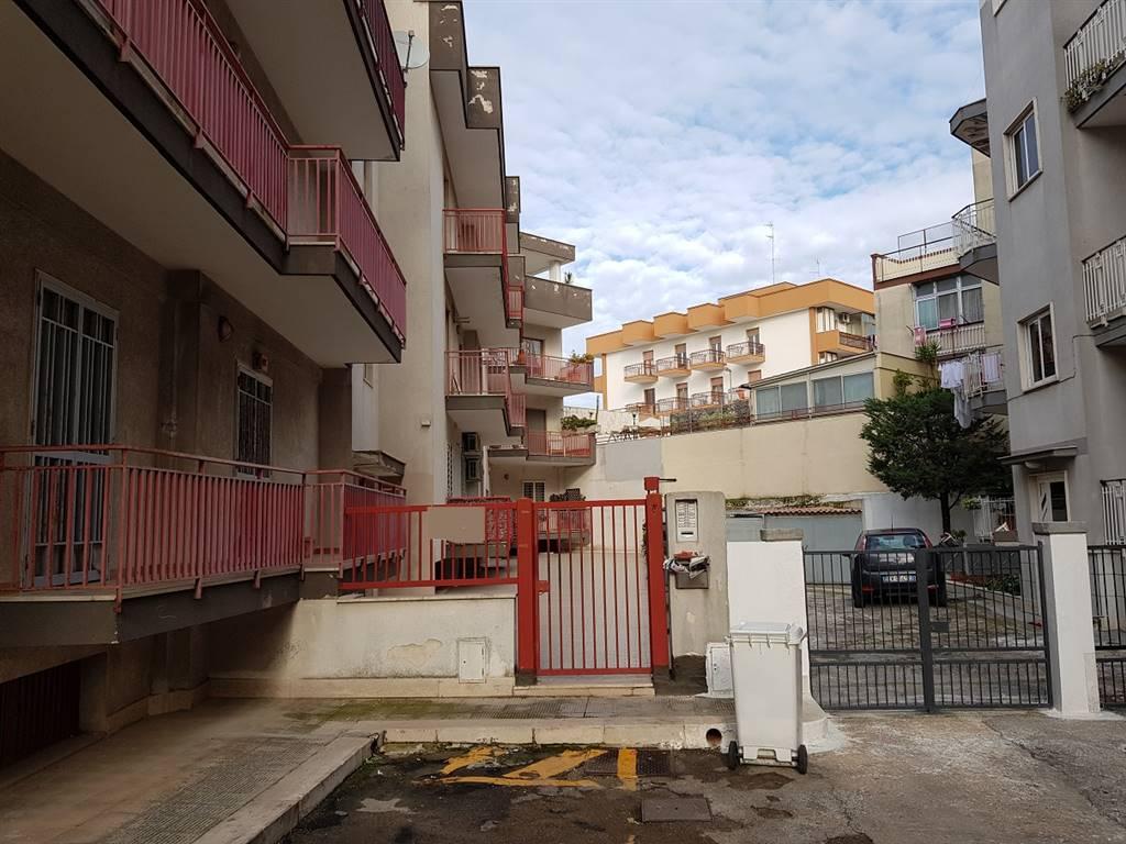 Appartamento in vendita a Triggiano, 3 locali, prezzo € 115.000 | CambioCasa.it
